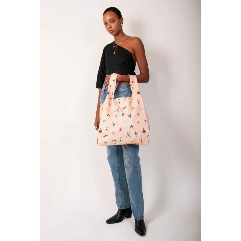 OhMart Kind Bag 100% recycled reusable bag (M) - Yoga Girls 3